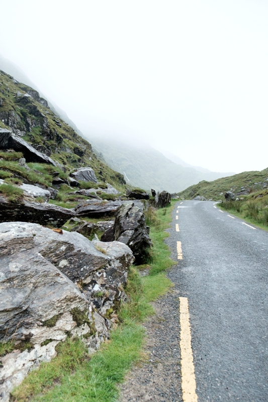 Mountain road Ring of Kerry